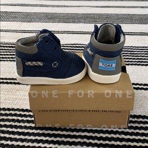 🆕 Baby TOMS Bimini High Navy Burlap Shoe